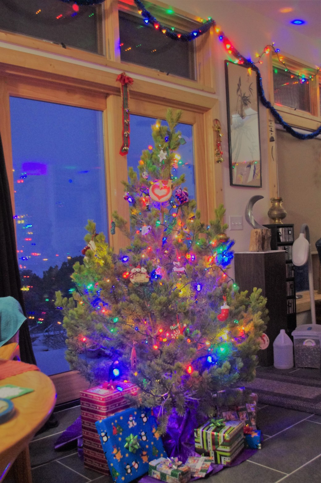 Bright Sahara Christmas Tree 2018