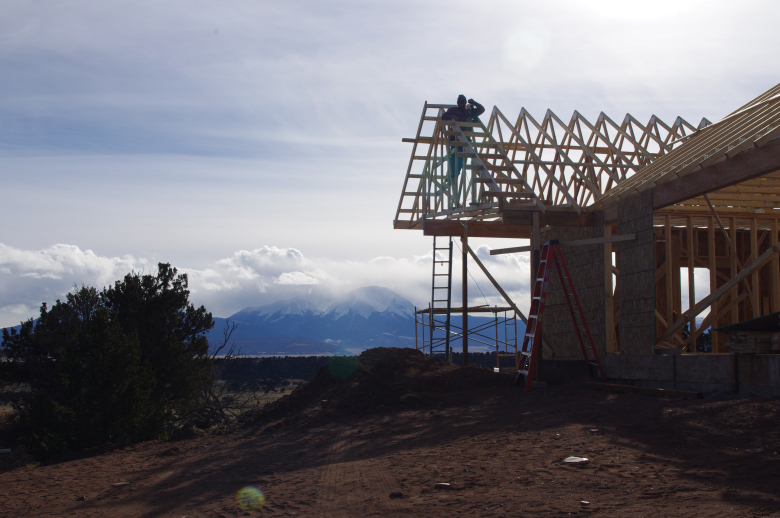 decking-comanche-home-with-mountains-in-backgroun